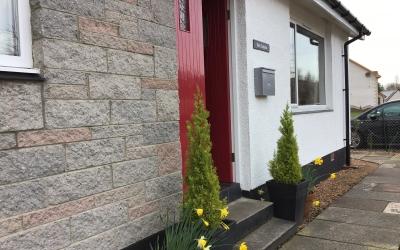Front door at Tom Eachainn