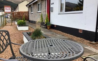 Garden Table at Tom Eachainn